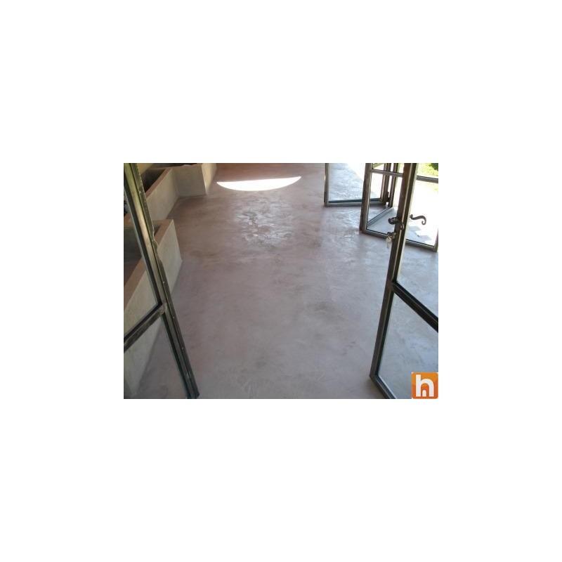 Kit b ton cir xxl carrelage au sol 25 m 50 m for Beton cire sur carrelage au sol