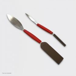 Jeu de 2 spatules pour retouche.
