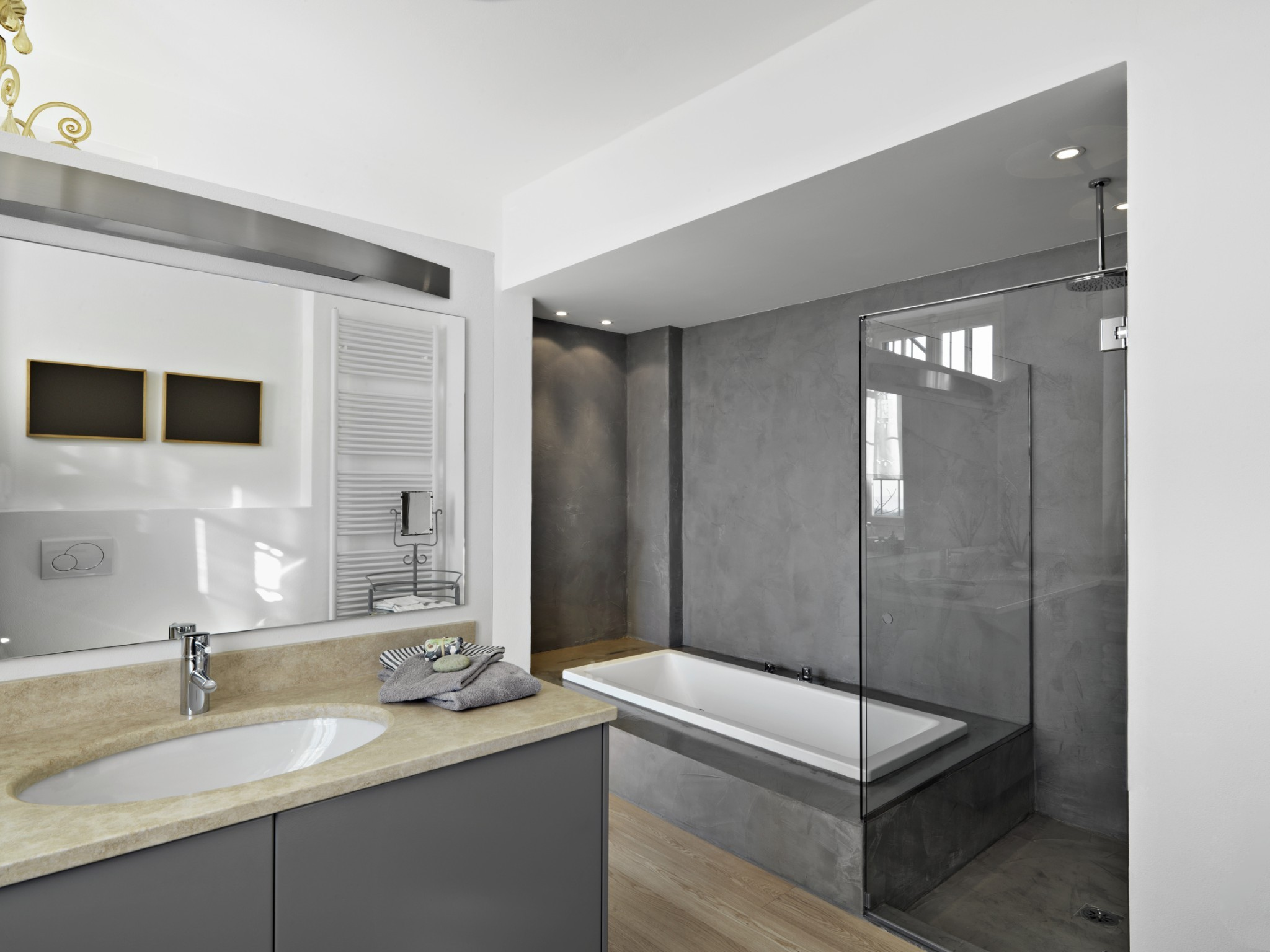 Avantages d 39 une salle de bain en beton cir harmony b ton Beton lisse salle de bain
