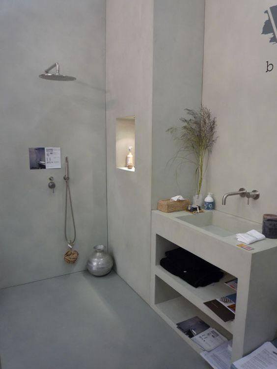 bton cir sur carrelage mural salle de bain decoration. Black Bedroom Furniture Sets. Home Design Ideas