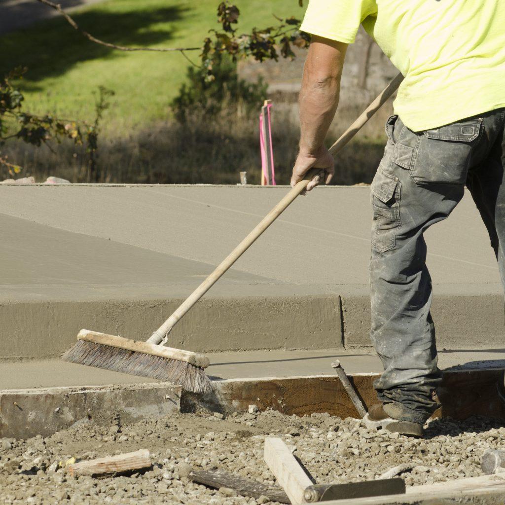 balai beton balaye