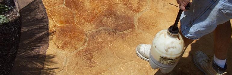 Outils béton acid stain